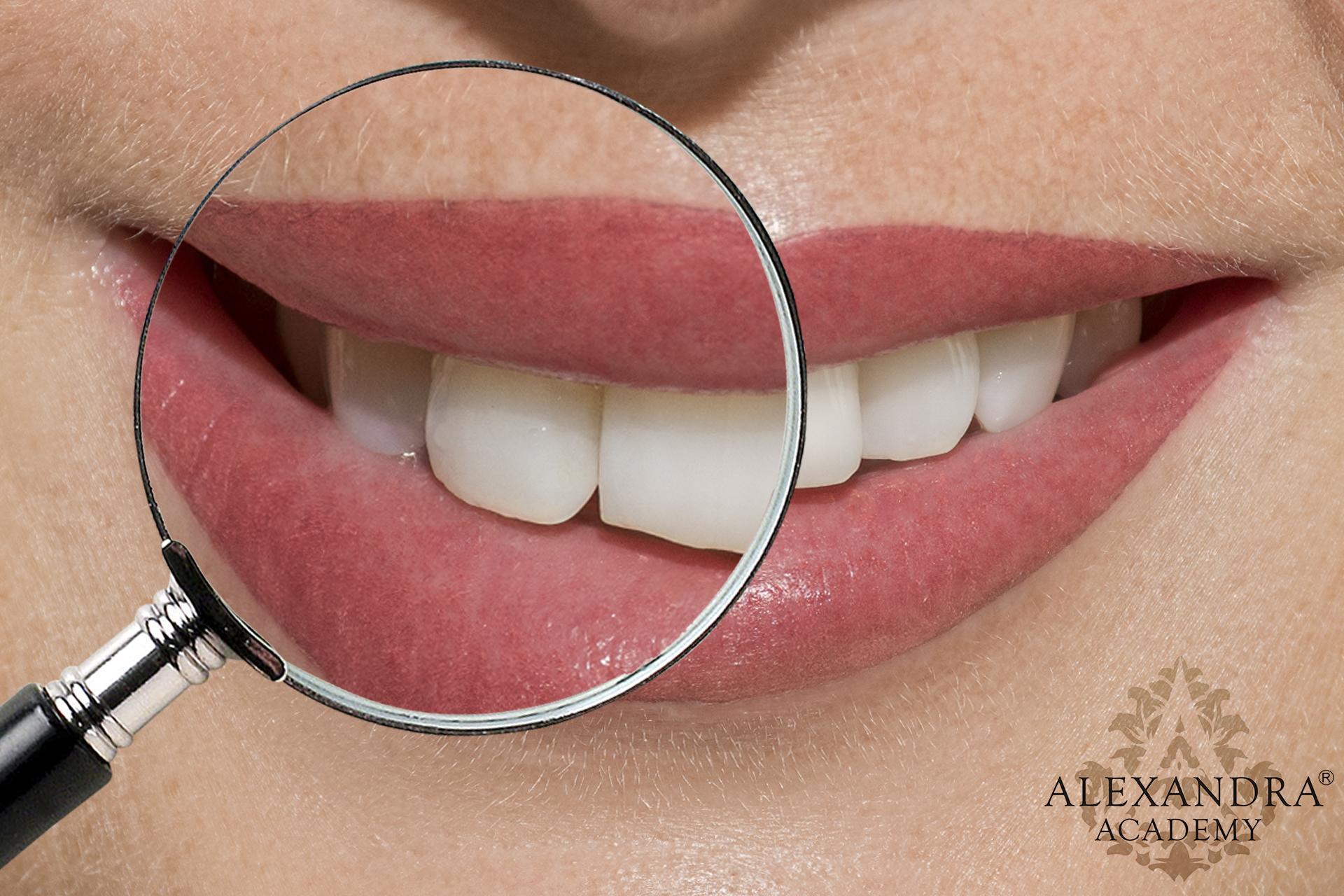 Ajaksatír-szájsatír-szájtetoválás-sminktetoválás-patkós-alexandra