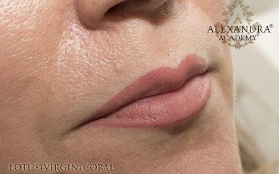 Természetes (nude) hatású szájsatír